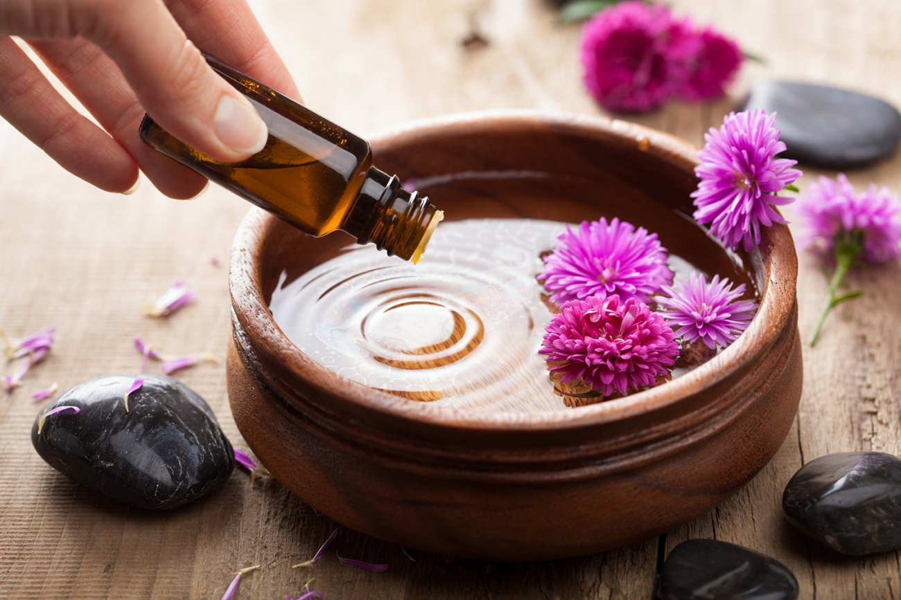 aromatherapy-essentials-4-facts-that-may-surprise-you